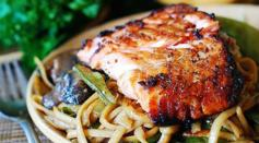 Dave's Marketplace - Asian Salmon and Noodles
