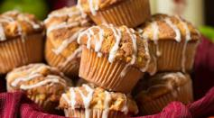 Dave's Marketplace - Apple Snickerdoodle Muffins